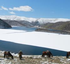 Join me on a eight lakes horse riding tour