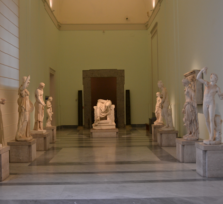Archaeological Museum and the historic center of Naples