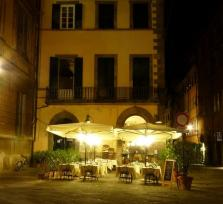 Lucca by candlelight: