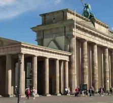 ALONG BERLINS HISTORY MILE
