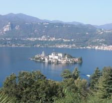 Lake Orta Tours: the ancient village of Orta San Giulio, the island of San Giulio