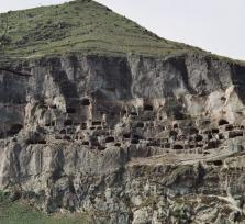 Vardzia – Cave Town of Golden Age