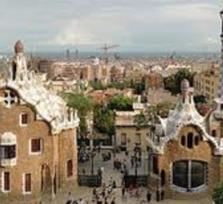 Gaudí Tour with transportation (up to 12 passengers)
