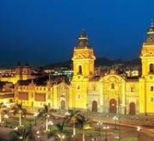 Trekking tour through Lima