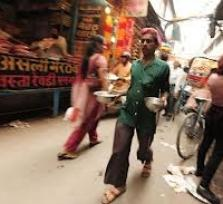 Explore food markets in Old Delhi!